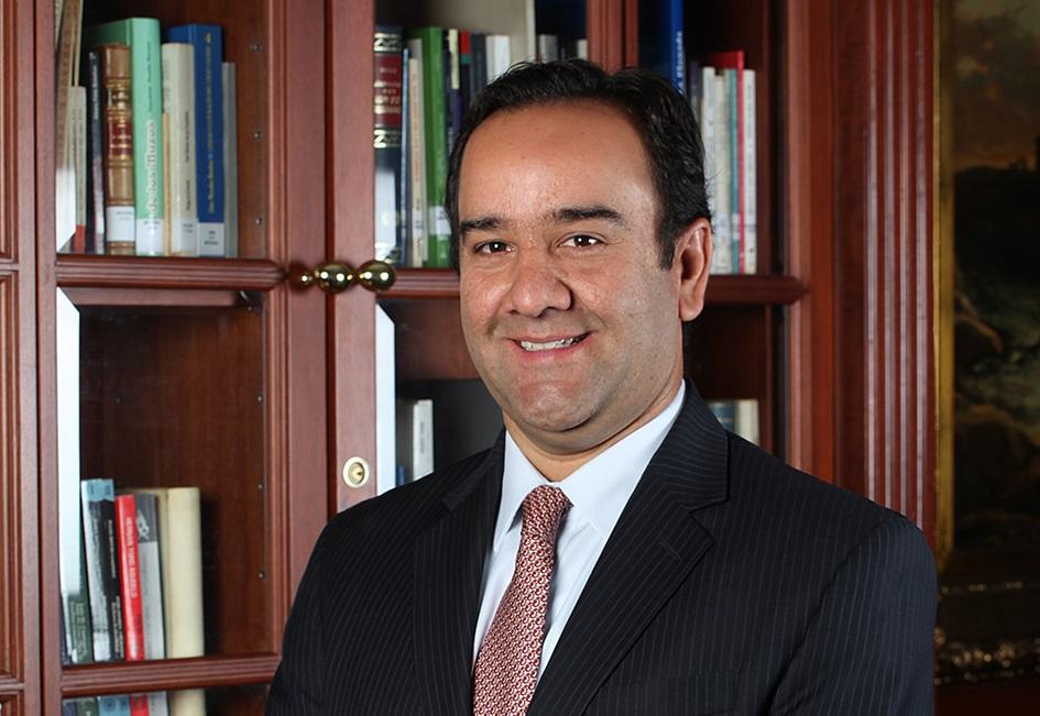 Alexander Montoya 2