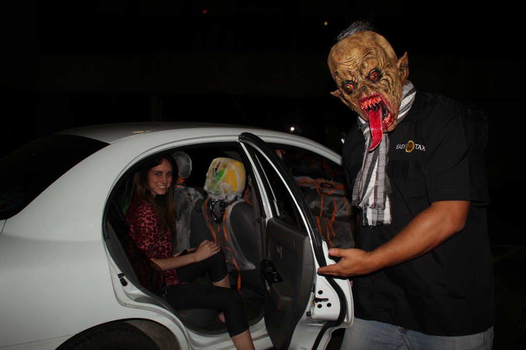 Easy Taxi Halloween